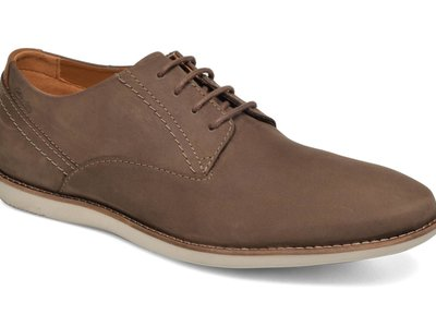 Zapatos de vestir Clarks Franson Plain Derby por 45,51 euros en Amazon. Envío gratis