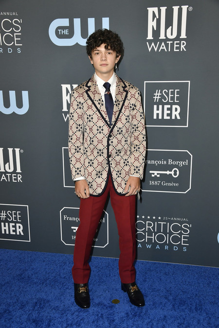 Noah Jupe Red Carpet Critics Choice Awards 2020 Alfombra Roja 02