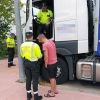 Cazados seis camiones que usaban gasóleo subvencionado para vehículos agrícolas, una práctica que se multa con hasta 12.000 euros