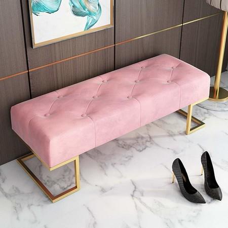 Banco rosa con capitoné