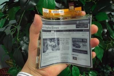 Llega el nuevo ePaper, un libro electrónico flexible y tan fino como un folio