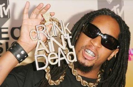 El collar 'Crunk Ain't Dead': no siempre más es mejor