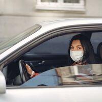 Un nuevo estudio revela las medidas a seguir para prevenir el contagio de COVID dentro del auto
