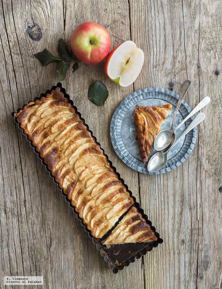 tarta fina de manzana y chocolate