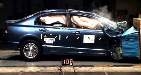 Los híbridos reducen más los daños a los ocupantes en caso de accidentes