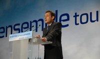 Sarkozy sugiere una 'paga extra' para los empleados por encarar la crisis económica