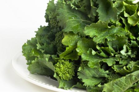 Grelos, buena fuente de calcio, hierro y vitamina C