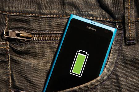 Cómo configurar una notificación para saber que la batería del móvil está completamente cargada