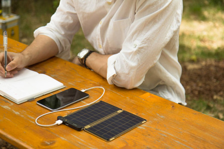 Solar Paper, una nueva manera de cargar tus dispositivos