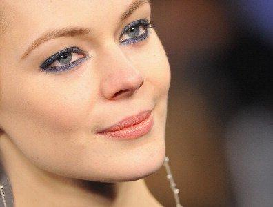 Una apuesta al azul, así es la mirada Chanel en la Alta Costura