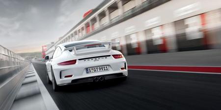 Chris Harris al volante del Porsche 911 GT3 2013