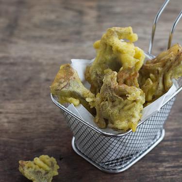 Alcachofas en tempura de azafrán. Receta