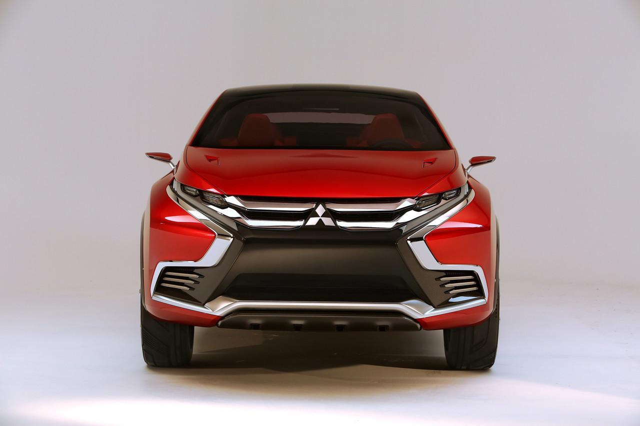 Foto de Mitsubishi XR-PHEV II Concept (8/27)