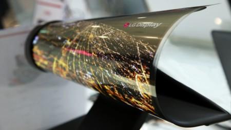 LG se apunta a las pantallas flexibles, empezarán a fabricarlas este mismo año