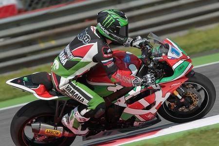Superbikes Italia 2013: Sam Lowes se lleva la victoria tras tres banderas rojas en Supersport