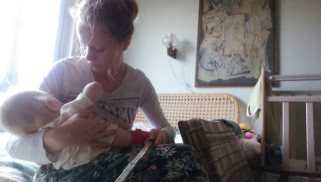 I Documented What Its Like To Be A Mom With A Selfie Stick 3 880