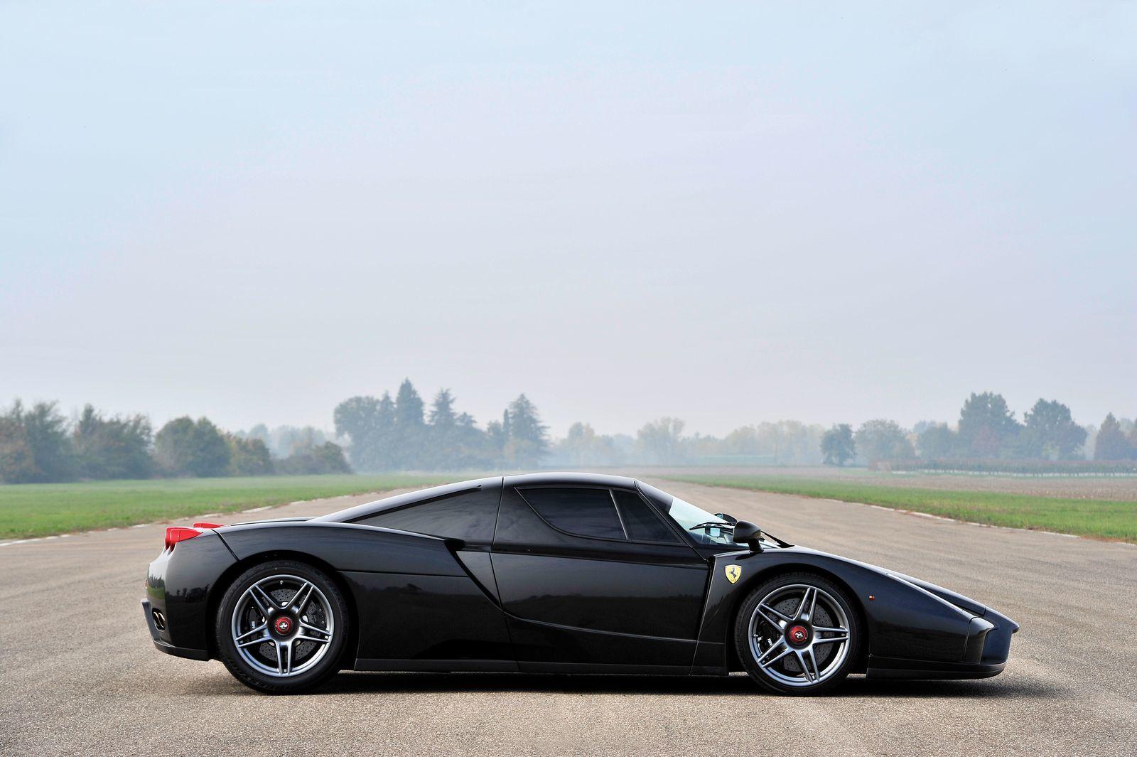 Foto de Ferrari Enzo subasta (25/27)