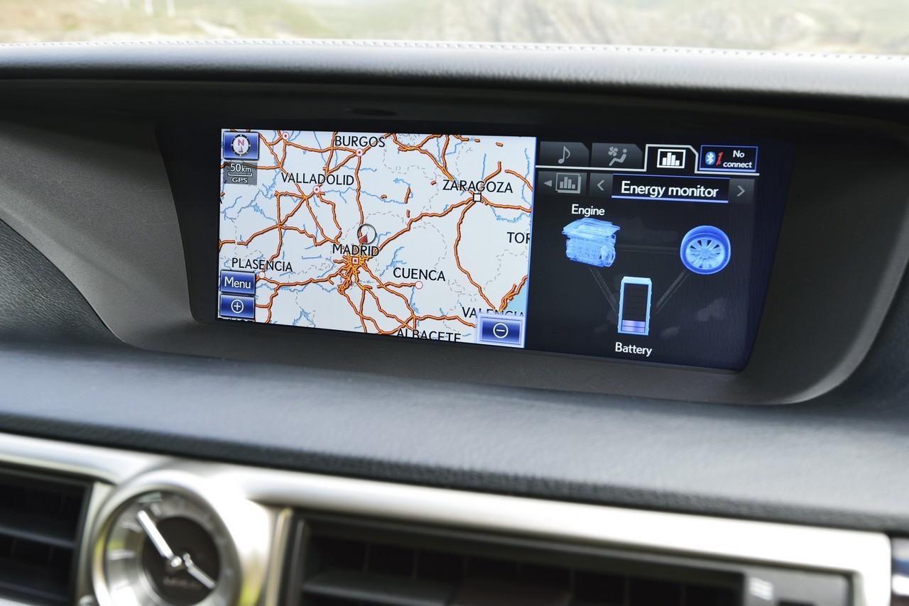 Foto de Lexus GS 300h (108/153)