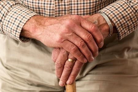 Hands 981400 960 720
