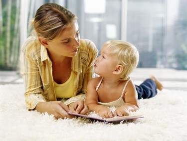 """""""Cuéntame un cuento"""": consejos para leer a los niños pequeños"""