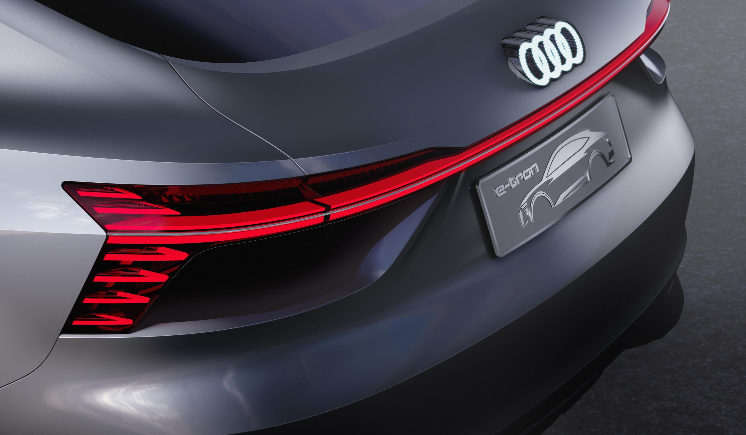 Foto de Audi e-tron Sportback concept (23/30)