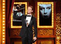 Neil Patrick Harris: repasamos algunos looks del presentador de los Oscar 2015