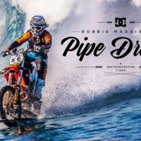 Robbie Maddison: Surfeando con su moto de motocross