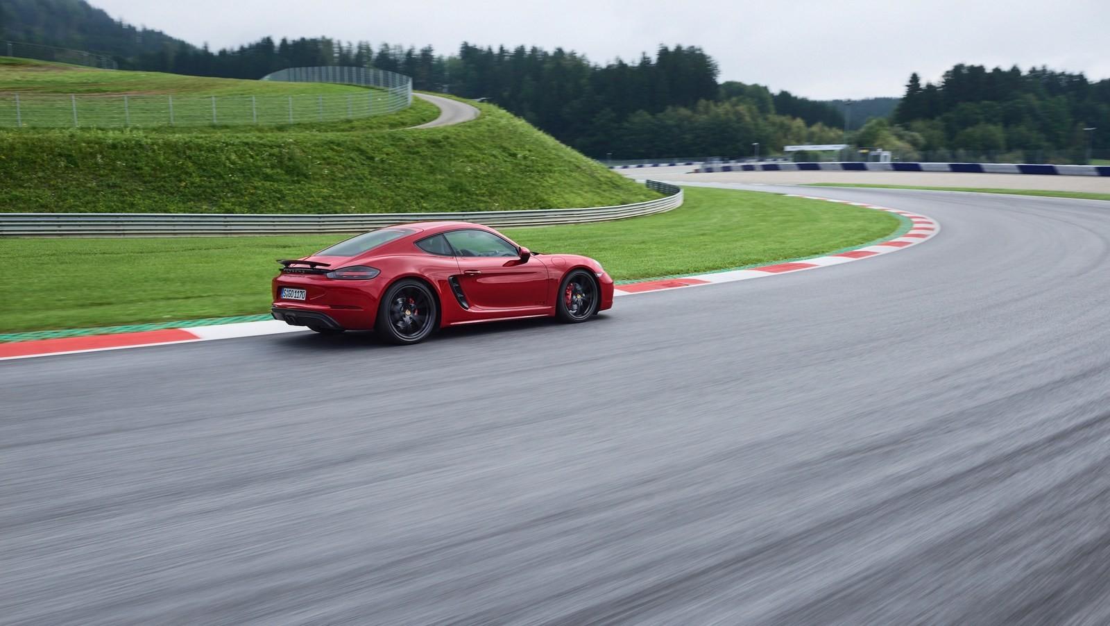 Foto de Porsche 718 GTS (10/16)