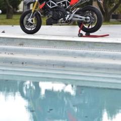 Foto 101 de 103 de la galería aprilia-dorsoduro-1200-mega-galeria-de-fotos-oficiales en Motorpasion Moto