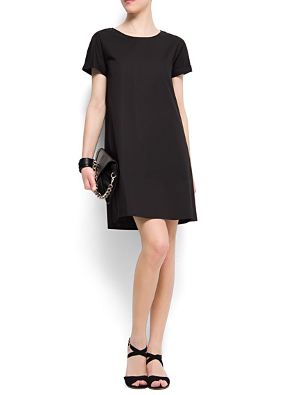 vestido negro embarazo