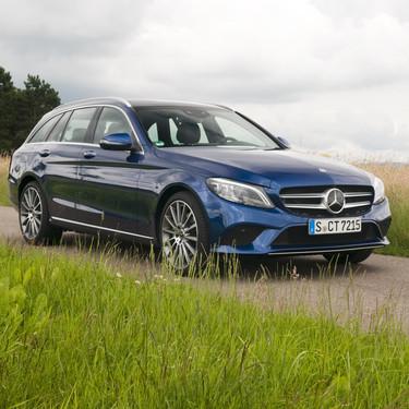 Probamos el Mercedes-Benz Clase C 2018: familia renovada, con más tecnología e interior digital