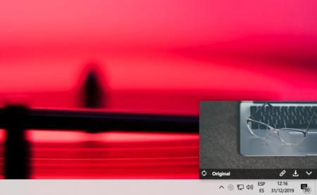 Con esta pequeña aplicación para Windows, Linux y macOS puedes buscar y descargar fotos de stock gratis en un par de clicks