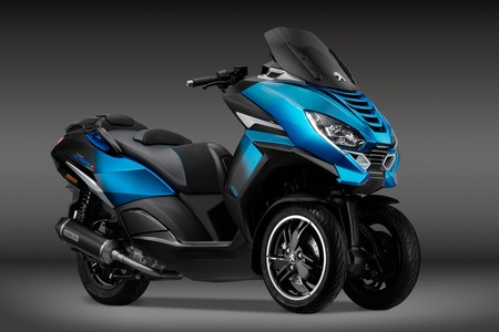 El Peugeot Metropolis RS Concept anticipa una nueva generación de motos de tres ruedas sin carnet