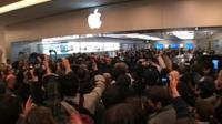 Vídeo: El día de la inauguración de la Apple Store en Roma