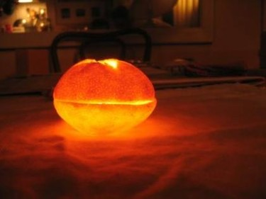 La naranja iluminada
