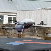 Los Galaxy llegarán volando: Samsung inicia pruebas para enviar móviles a domicilio con drones repartidores
