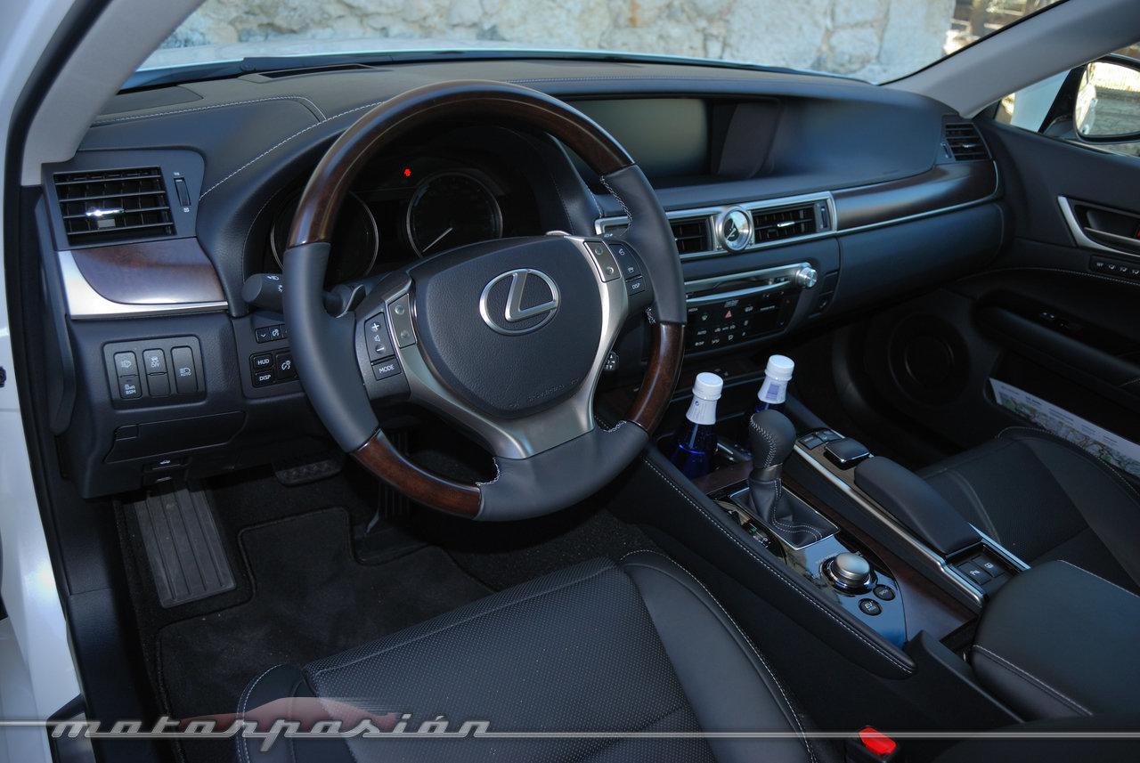 Foto de Lexus GS 300h (presentación) (15/22)