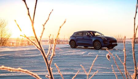 Más de 1.700 Porsche Cayenne y Macan tendrán que pasar por el taller, por un defecto en la bolsa de esquís