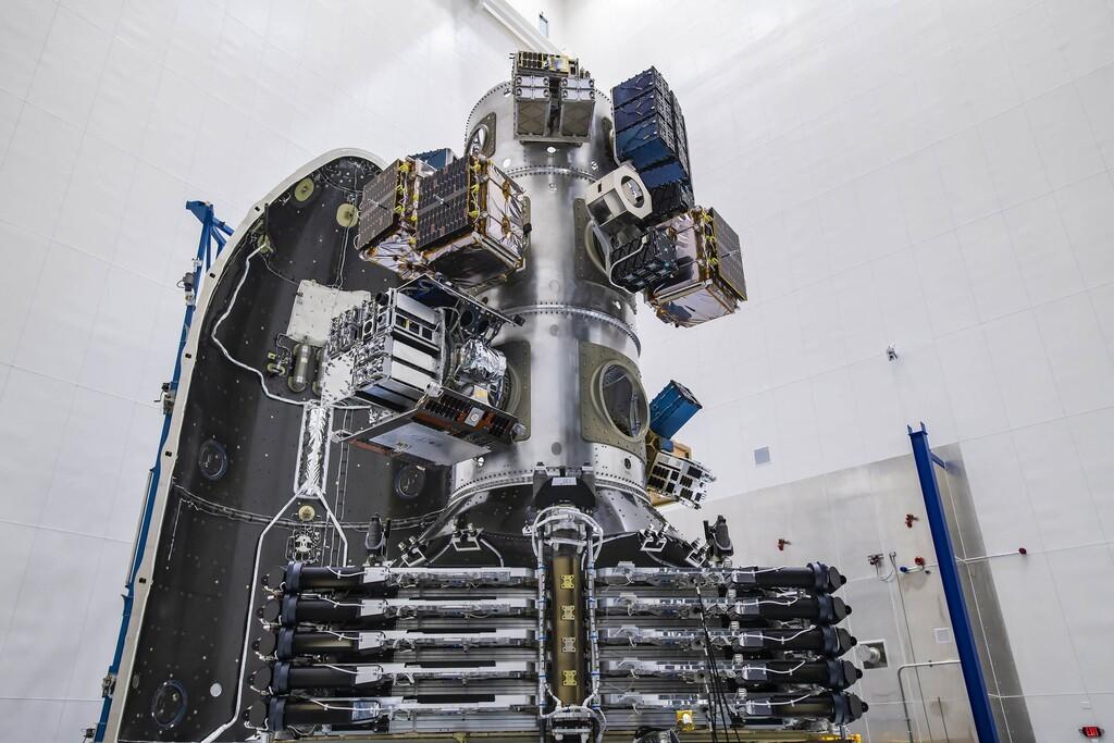 SpaceX lanza con éxito la tanda más grande de satélites de la historia: 143 satélites a bordo de la misión Transporter-1