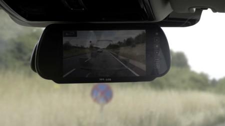Land Rover pretende hacer desaparecer los remolques ante tus ojos
