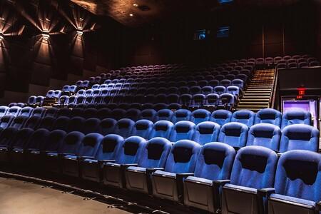 Cinemex ya renta sus salas para que puedas ver una película, un partido de NFL o hasta jugar videojuegos desde los 470 pesos