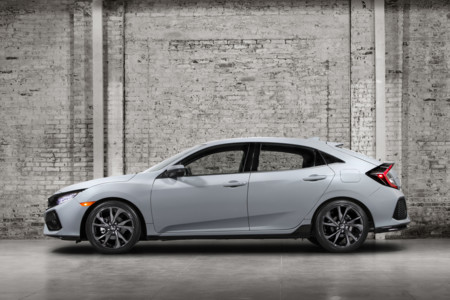 Honda Civic Hatchback 2017 2