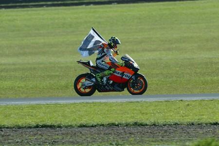 Rossi Australia Motogp 2003