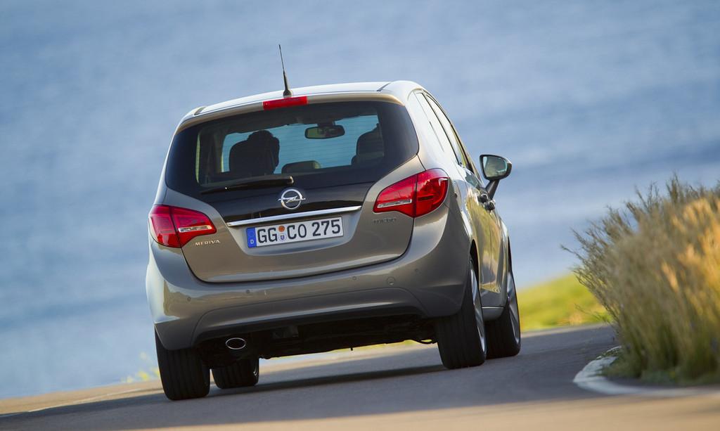 Foto de Opel Meriva (12/69)