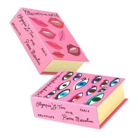 Cajas de dulces que parecen bolsos. Por Olympia Le-Tan y Pierre Marcolini