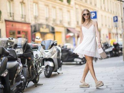 Clonados y pillados: las furry sandals de Miu Miu llegan un año más tarde a las firmas low-cost