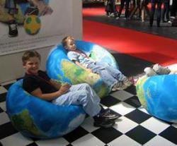 Oolaalaa: el mundo como puf