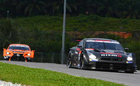 Los nuevos coches del Super GT ya ruedan en Sepang