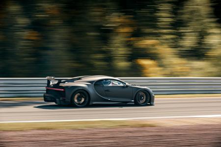Bugatti Chiron Pur Sport Circuito 4