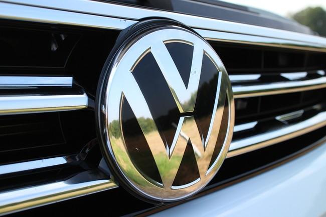 Apple se alía con Volkswagen para su proyecto de conducción autónoma más inmediato tras varios rechazos
